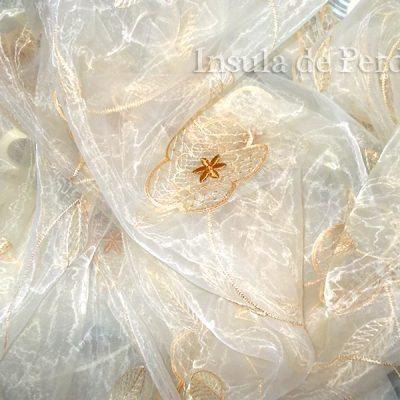 Perdea  organza ivoar cu flori brodate crem