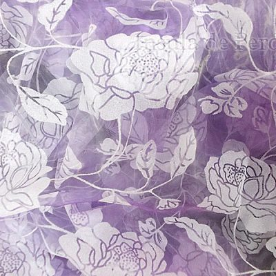 Perdea organza lila cu model floral catifea