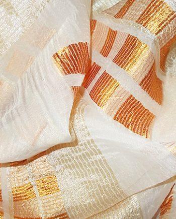 Perdea creponata cu  patrate portocalii