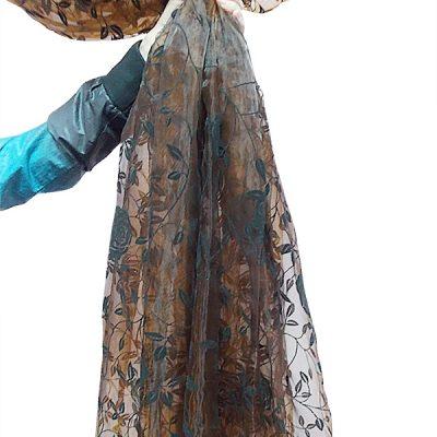 Perdea  organza maro cu model catifea negru floral