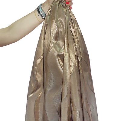 Curved brown taffeta with pattern