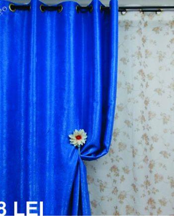 Draperie blackout albastra